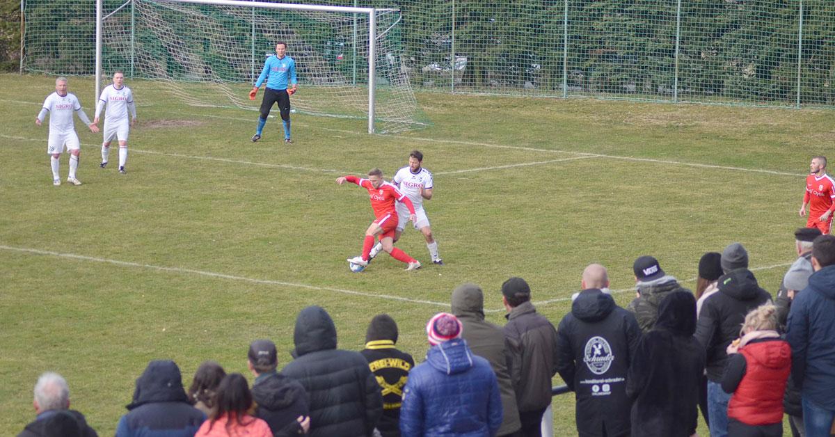 SV Fronberg Schreiersgrün : FSV Treuen